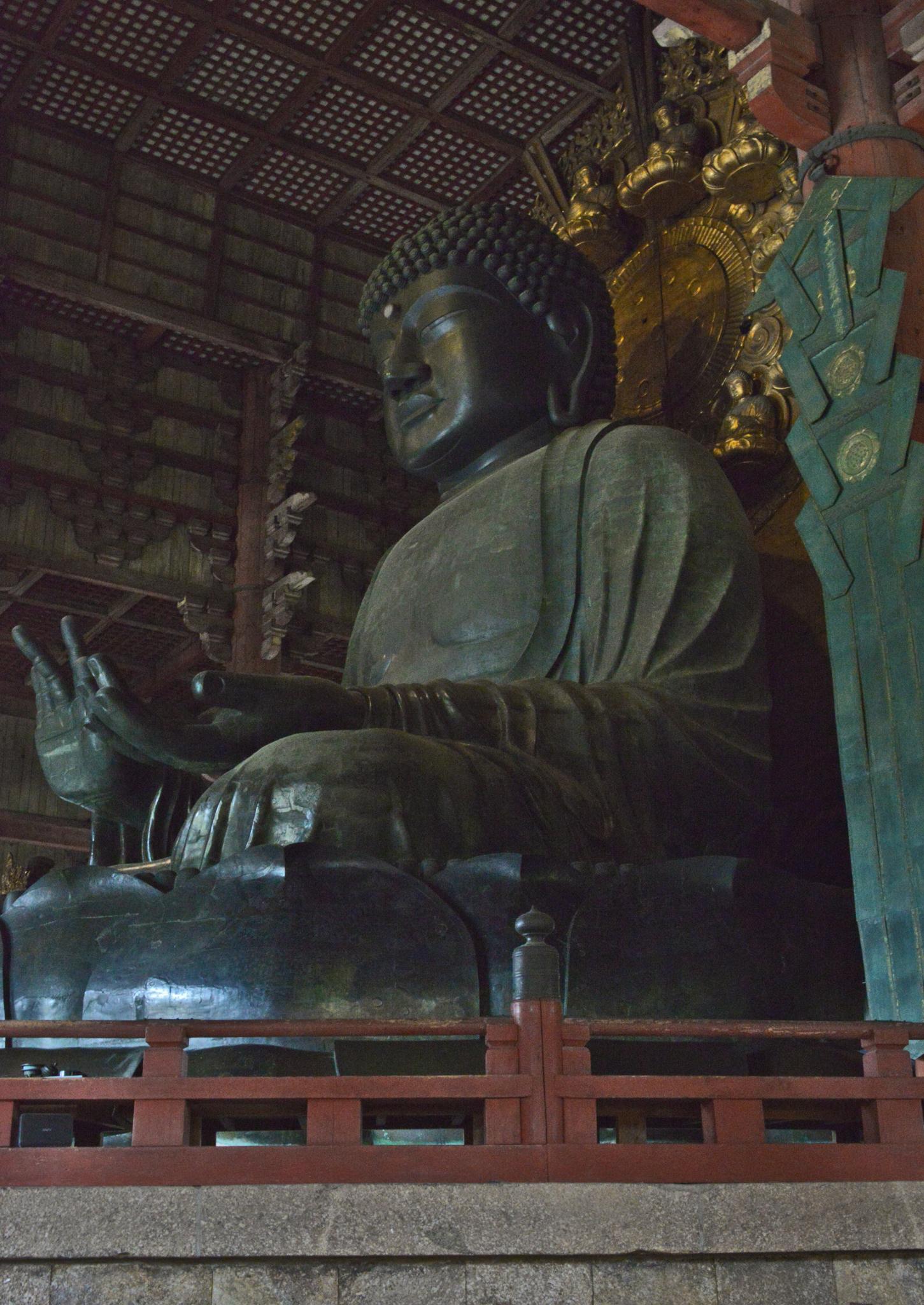 ⇑ 東大寺の大仏